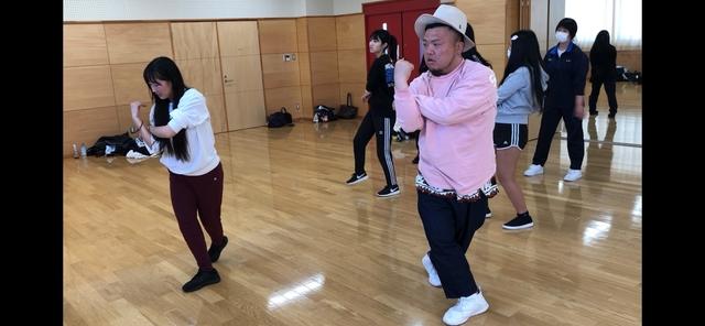 進徳 ダンス2.jpg